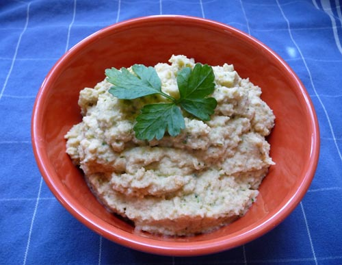 Veggie Burgher: Veganomicon Review: Cauliflower Hummus