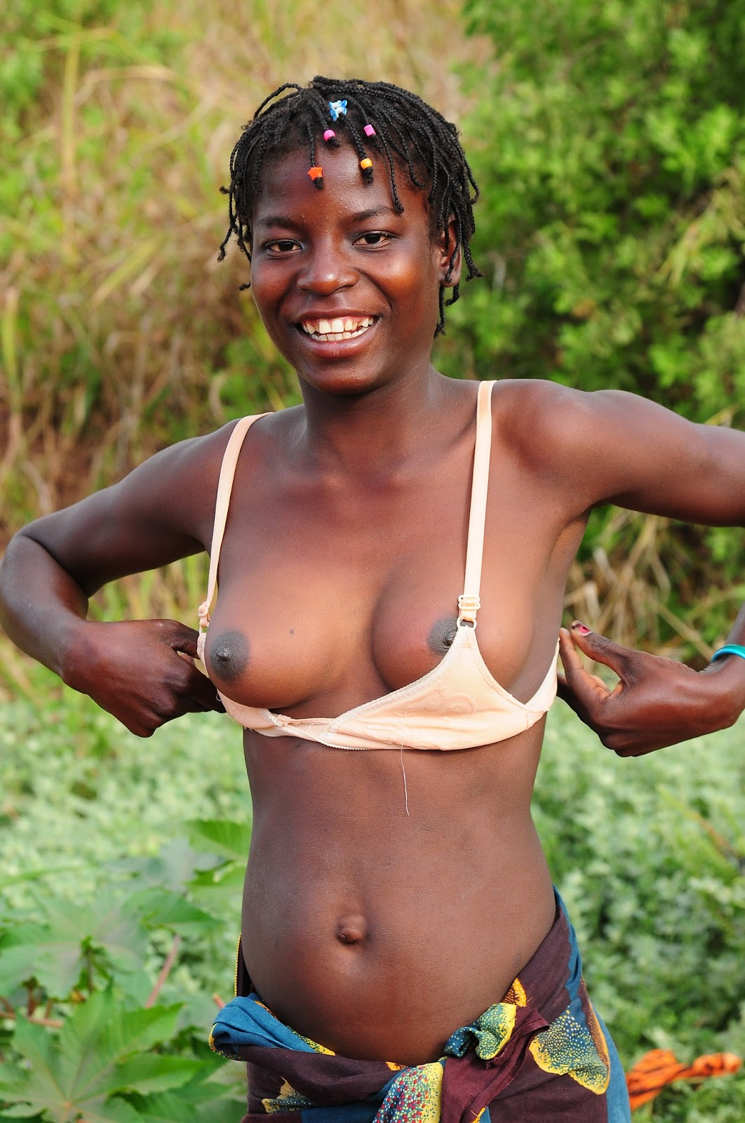 african Girl naked tribe tribal