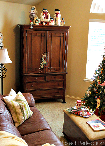 Decking the Halls Holiday Home Tour - Living room
