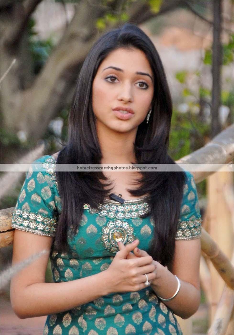 hot-mallu-actress-nayanthara-unseen-hot-photo-album-13