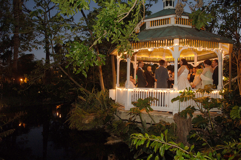 our very own secret garden On garden wedding venues florida