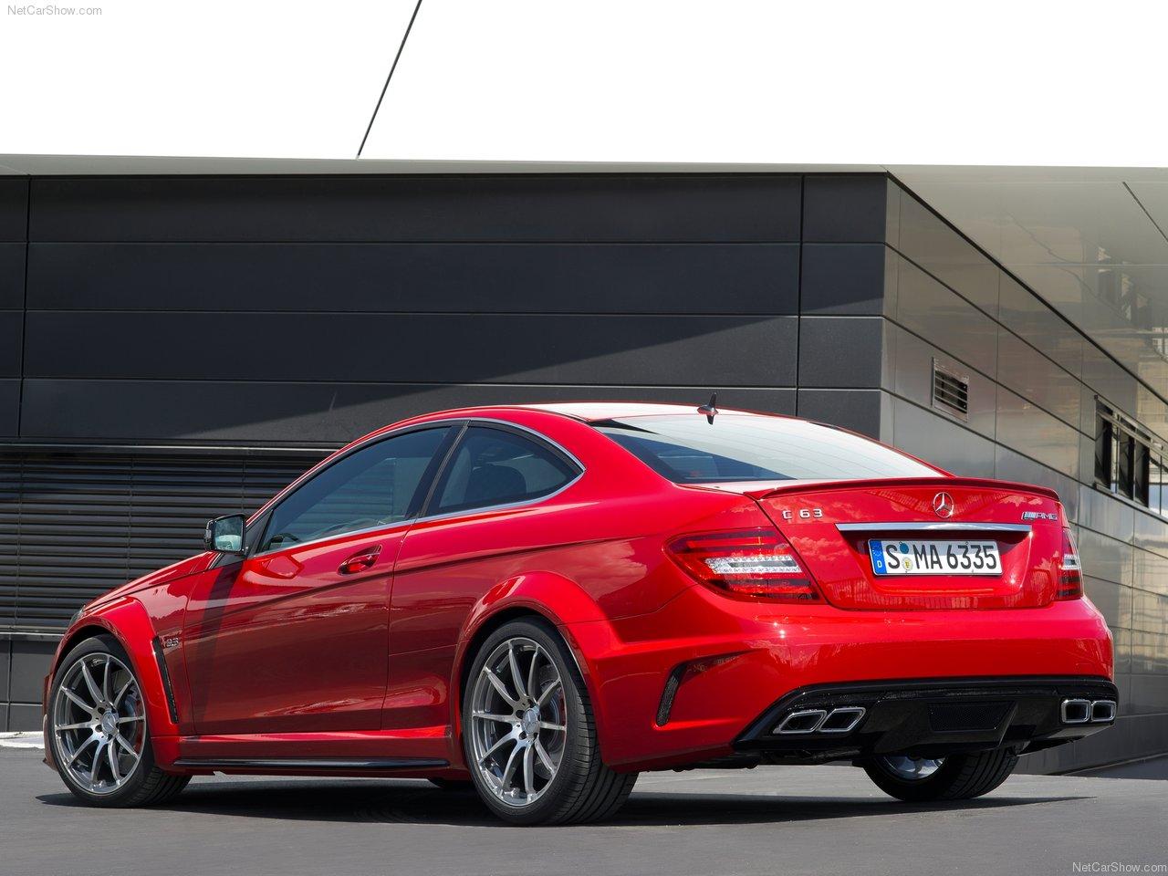 http://2.bp.blogspot.com/-Jcc_Tcy2X3o/TkLvWpaZS5I/AAAAAAAADGQ/FkuB-Rtvcq8/s1600/Mercedes-Benz-C63_AMG_Coupe_Black_Series_2012_1280x960_wallpaper_0e.jpg