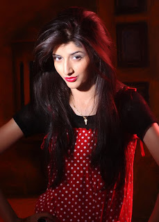 Mawra hocane sizzling hot new images