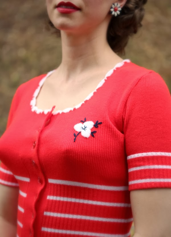 Detail on 1960s Cherry Red Cardi #vintage #fashion #1960s #style