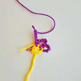 Cojin de Flores a Crochet