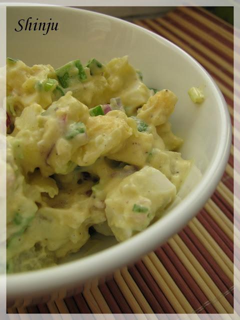 Sałatka z ziemniaków i jajek