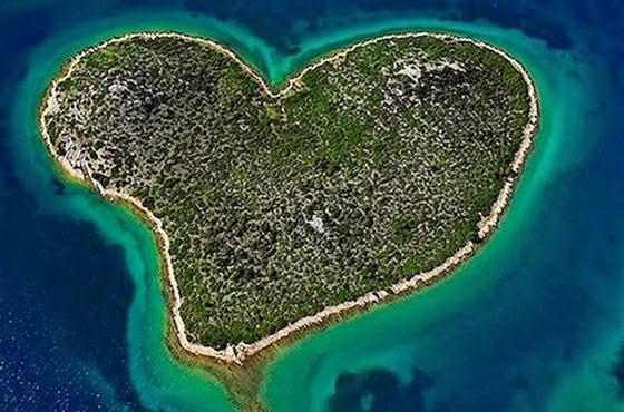 insula in forma de inima