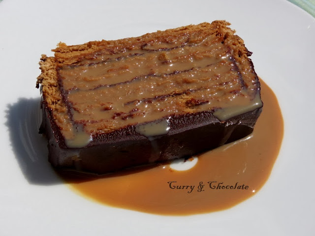 Tarta de galletas con chocolate y dulce de leche