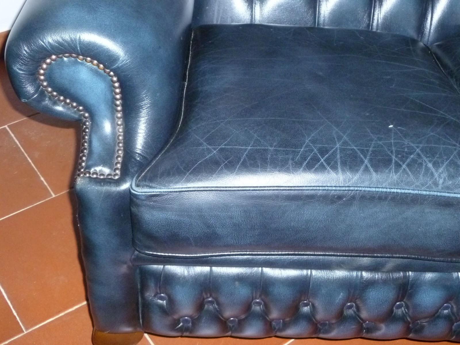 Divano In Pelle Blu.Antique Shop By Catia Divano Chester In Pelle Blu Con Schienale Alto