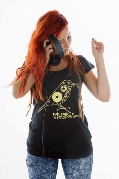 http://www.nountilmonday.com/es/home/48-camiseta-bird.html