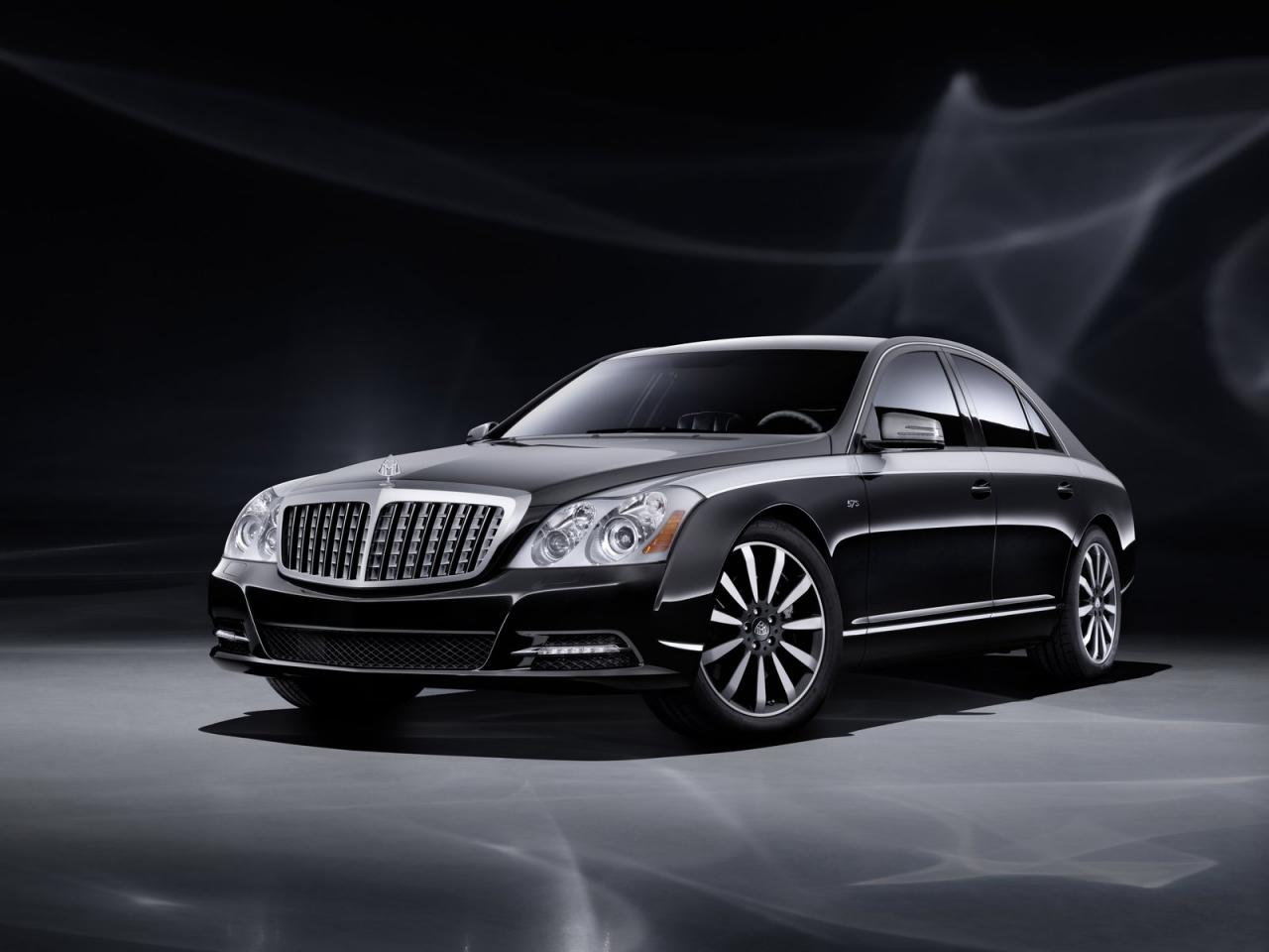 Maybach luxury cars mercedes benz celebrate 125 year for Mercedes benz corp