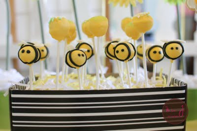 alexander 39 s playroom bumble bee baby shower ideas