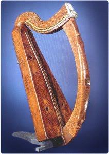 brian+boru_s+harp.jpg