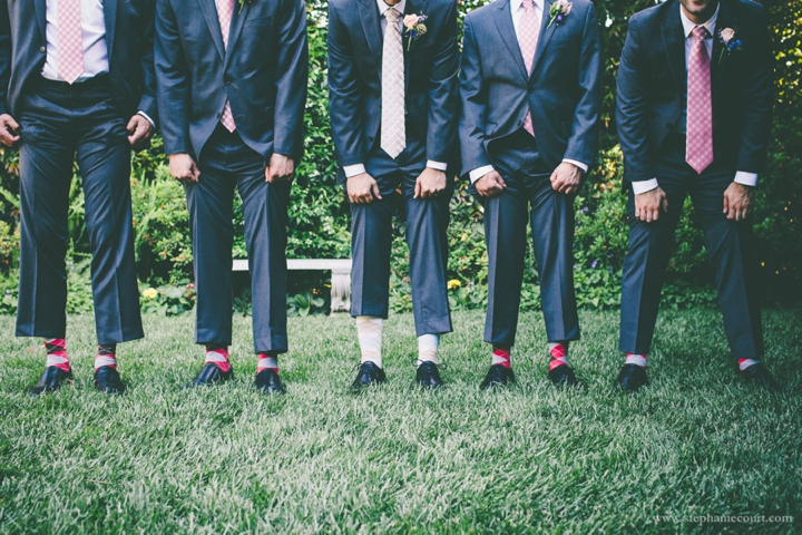 argyle-socks-for-groom-and-groomsmen