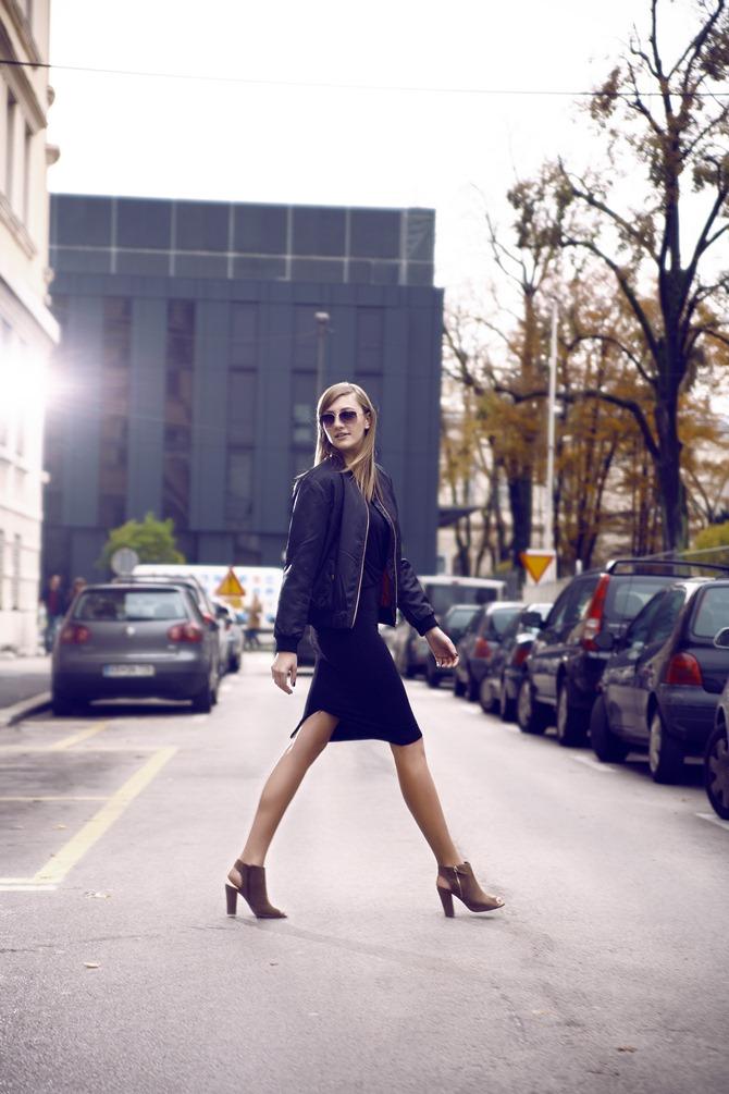 black midi skirt, black bomber jacket, peep toe boots, nude heels, all black outfit, blogger, uroš kramberger photography