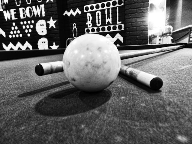 Pool ball and cues at Hollywood Bowl leeds