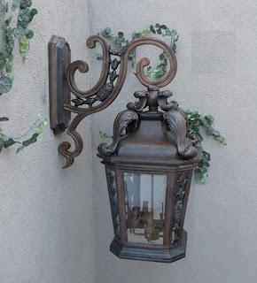 Wall Mount Light