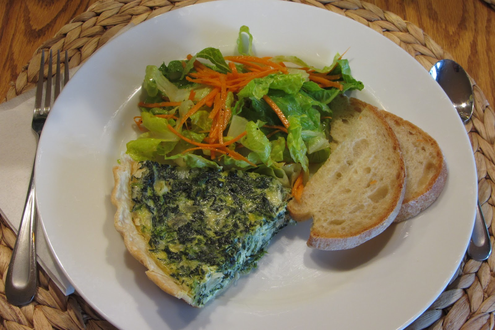 Tracy's Living Cookbook: spinach quiche with gruyere cheese