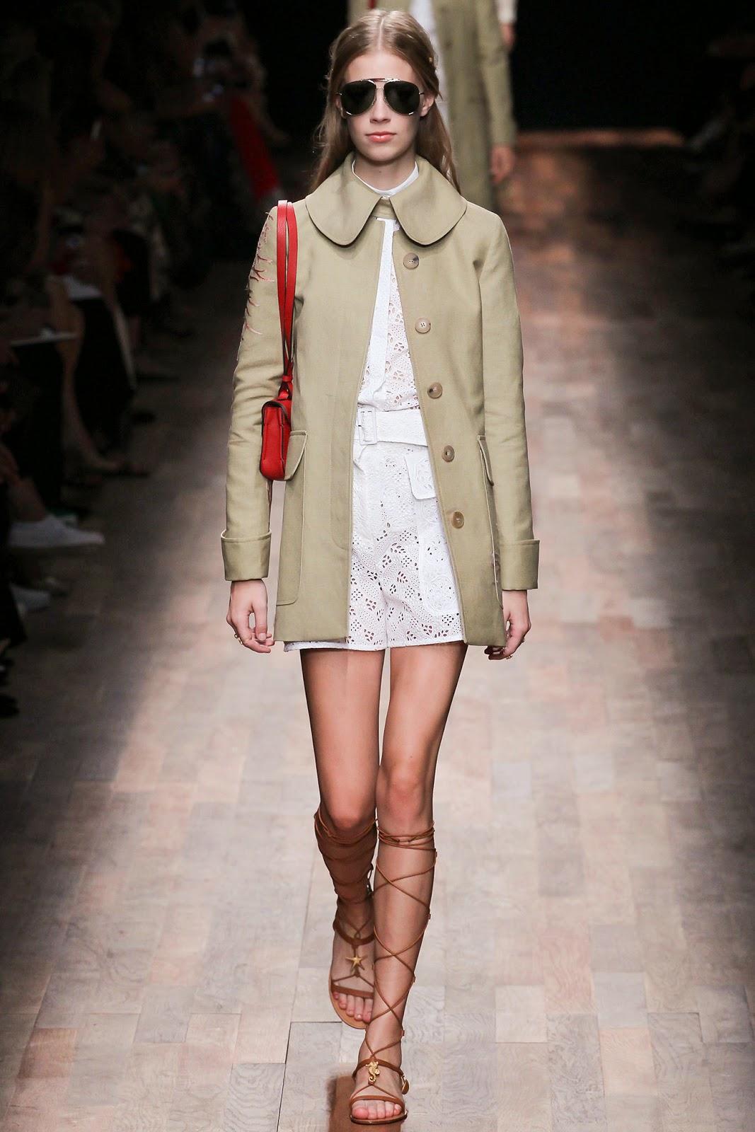 valentino 2015 summer 2016 trend women dress61 Valentino 2015 samling, våren sommaren 2016 Valentino klänning modeller, Valentino kväll klänning nya säsongen kvinnors kjolar modeller