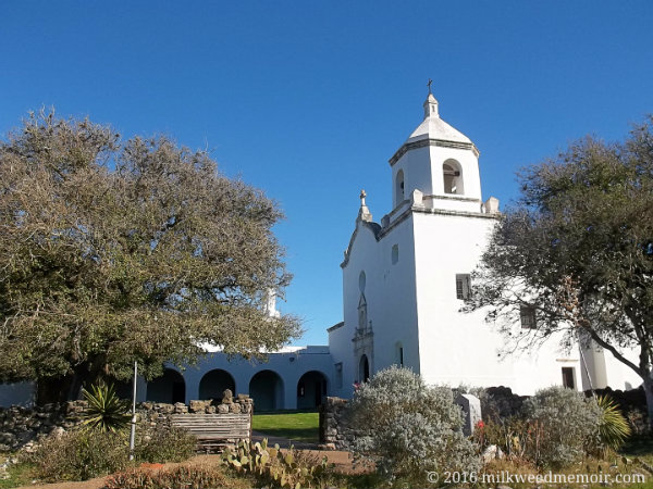 Front of Mission Espiritu Santo in Goliad, Texas