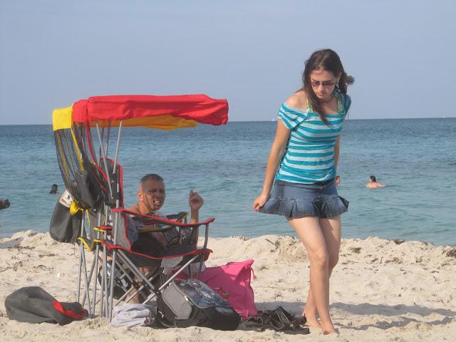 miami beach,cute girl,random photo