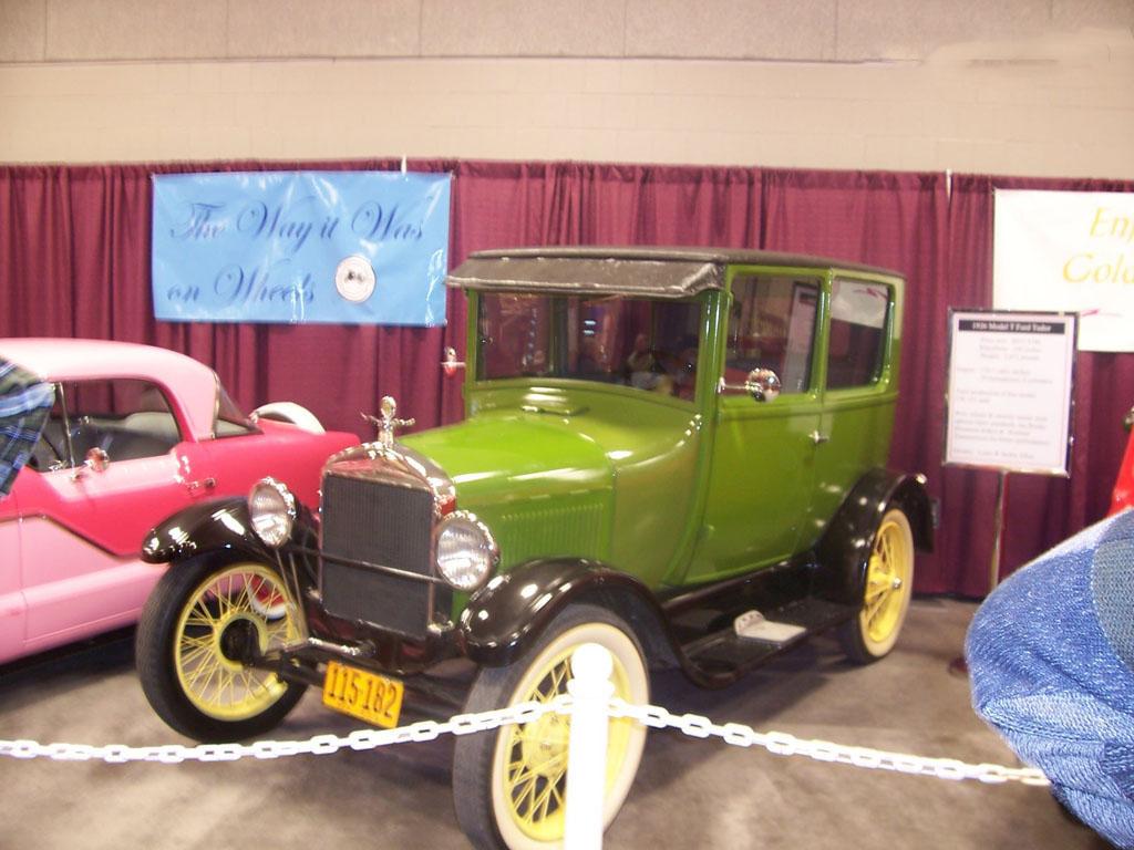 car in 1908 Ford Model T
