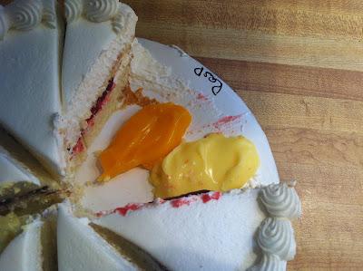 Doeblerghini Bunch: Wedding Cake Tasting at Signature Desserts