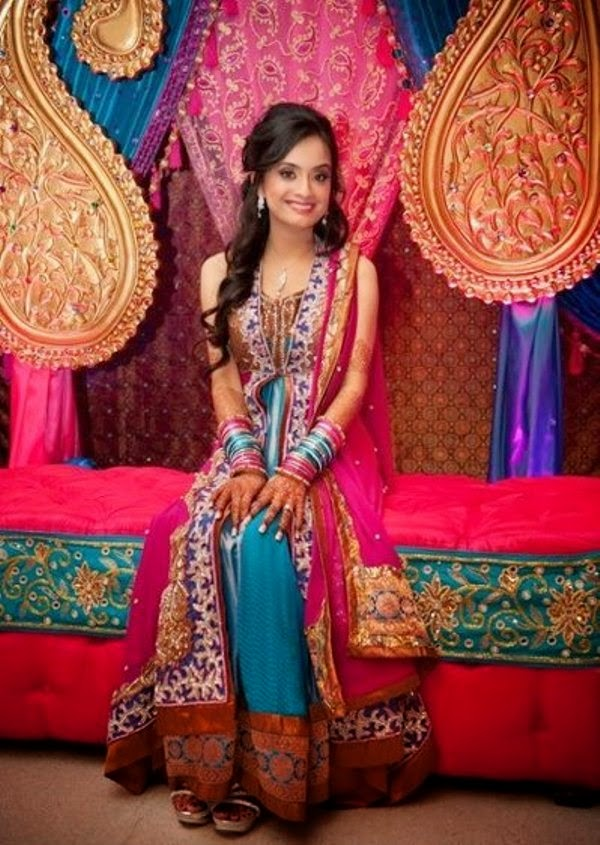 Mehndi Outfit Ideas : Color mehndi wear dresses ideas