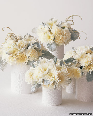 Good style winter white centerpieces for White flower arrangements for weddings