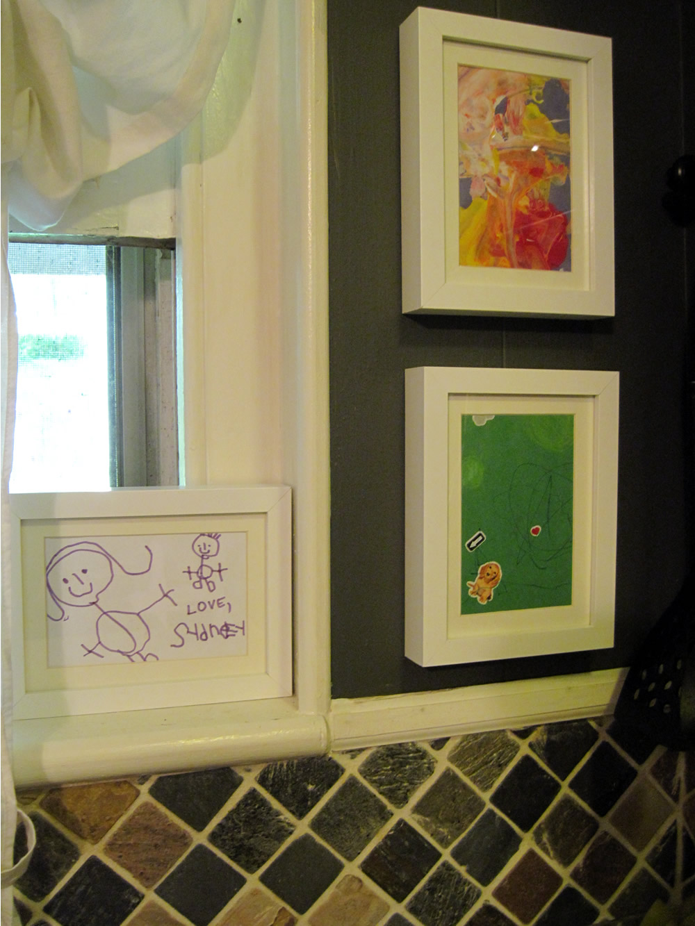 Our Old Abode: Displaying Kids Art