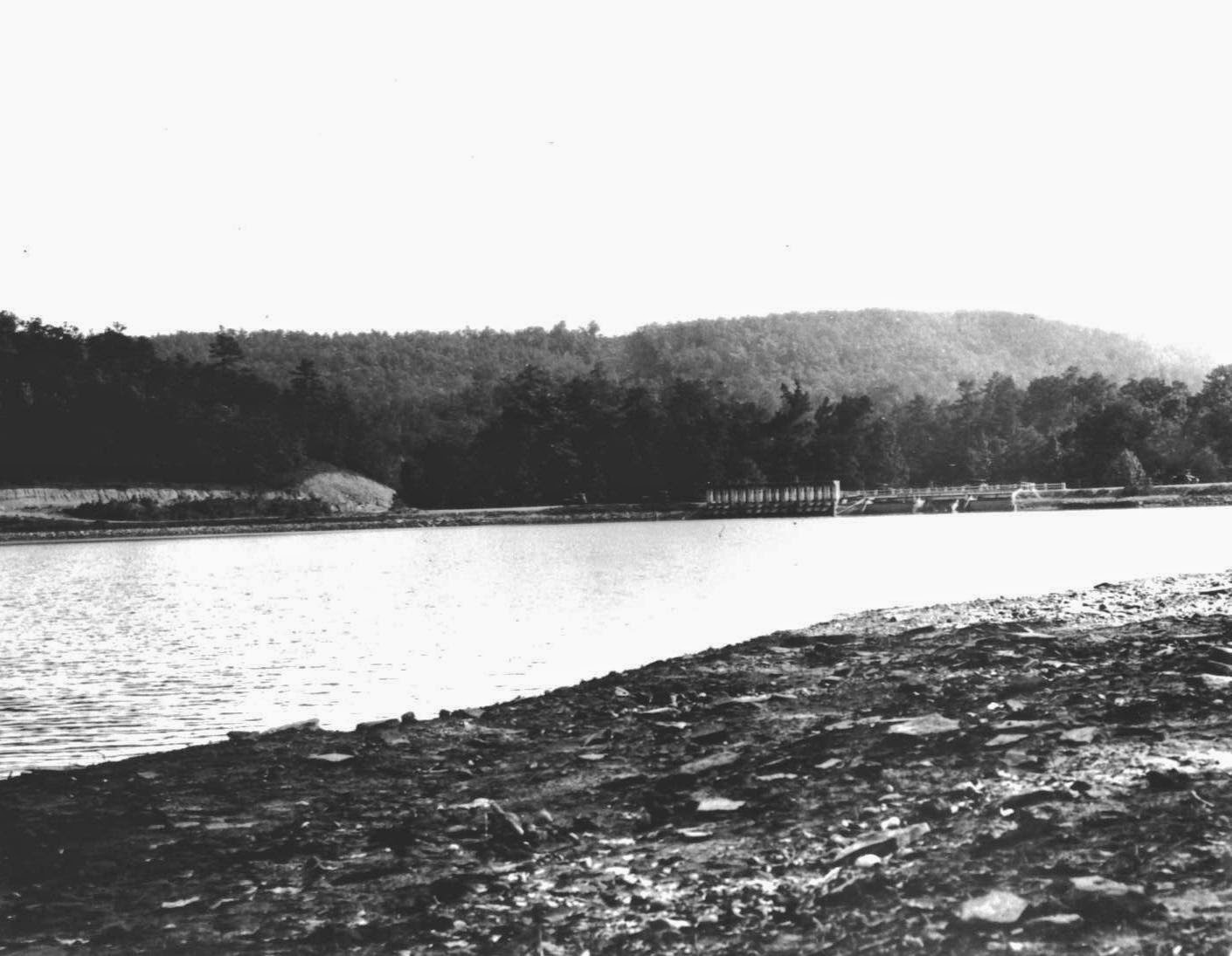 Homewood history hunt edgewood lake looking southwest towards the dam this photo is take from where greensprings crosses lakeshore today mightylinksfo