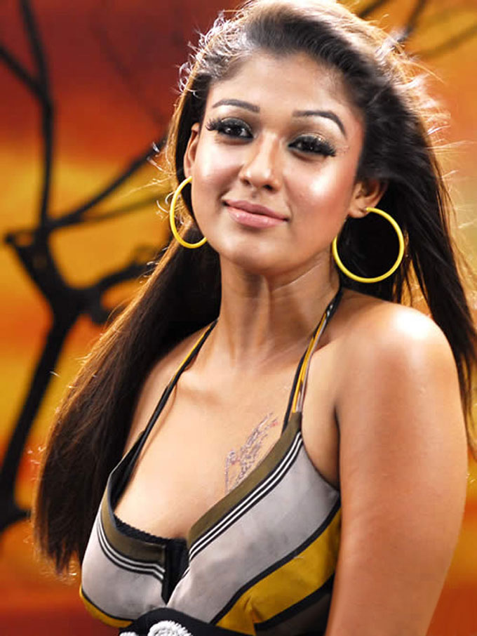 Nayanthara Cleavage The Best Indian Cleavage Show