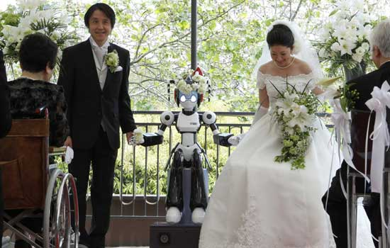 Marriage To Be Blessed By Robot Priest Only In Japan