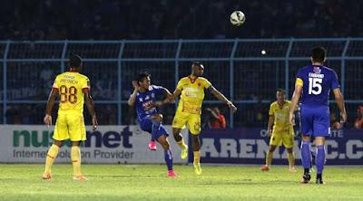 [Bola] Depak Arema, Sriwijaya Tantang Persib di Final Piala Presiden