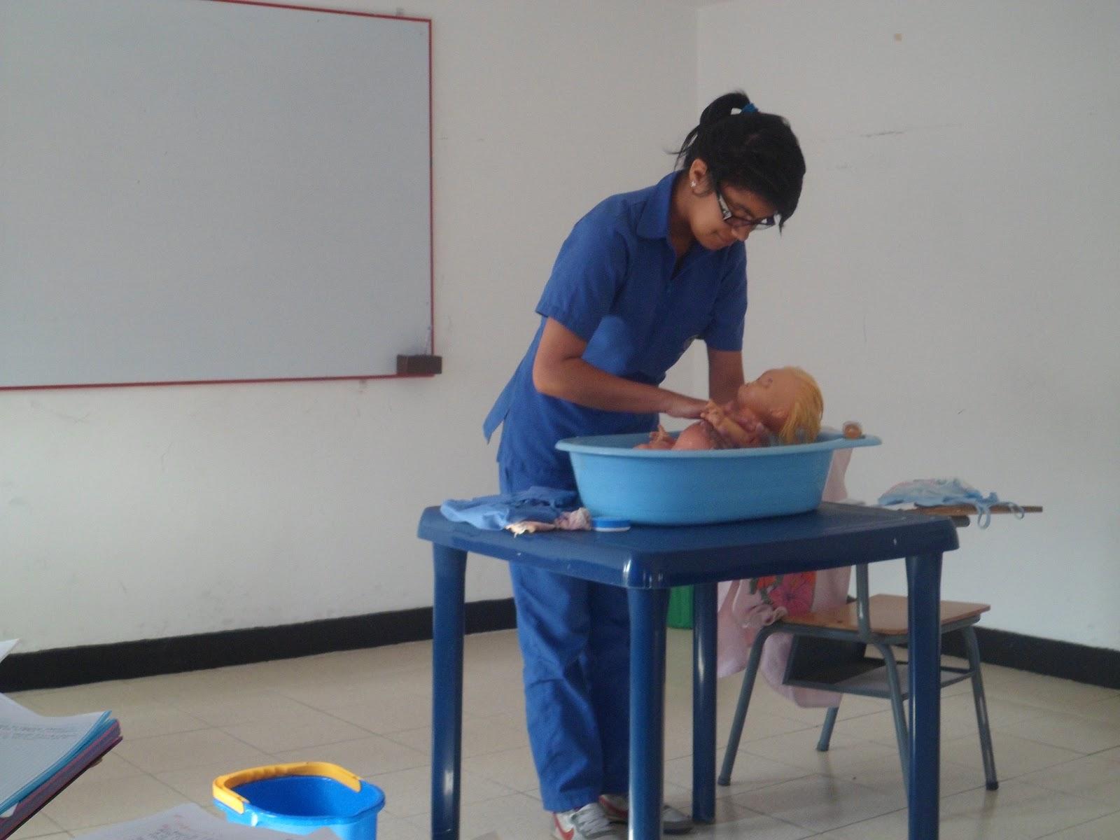 Baño De Tina Recien Nacido:baño de inmersion al recien nacido