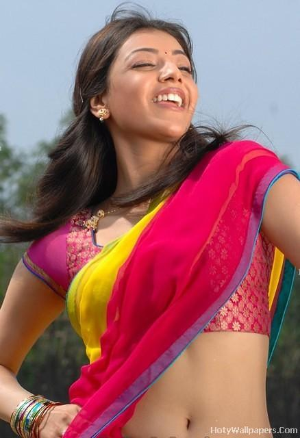 Kajal_Agrawal_beautiful_wallpaper_in_saree