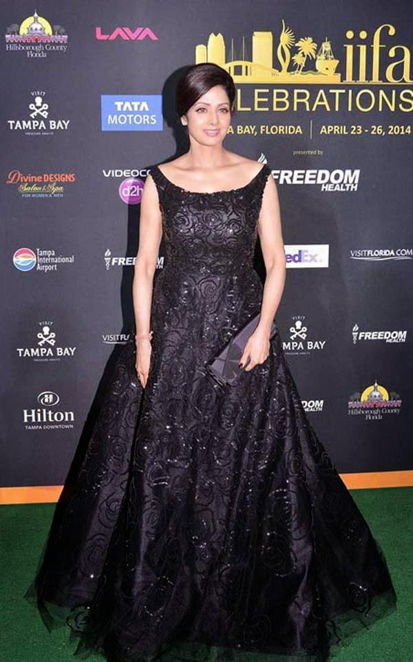 Sridevi in Oscar De La Renta gown at IIFA 2014