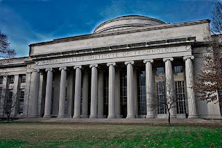 Un servidor del MIT alberga un script malicioso que localiza webs vulnerables