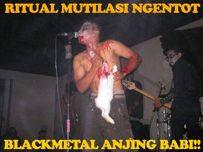 RITUAL MUTILASI NGENTOT