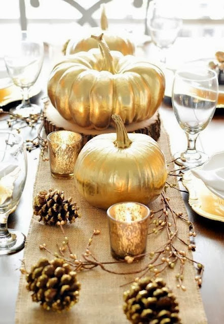 http://www.interiorsbystudiom.com/blog/2013/11/thanksgiving-tablescape-fall-decor-holiday-ideas/