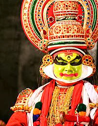 Kula Shaker naam herkomst - Kerala - Kathakali_Performance_Close-up