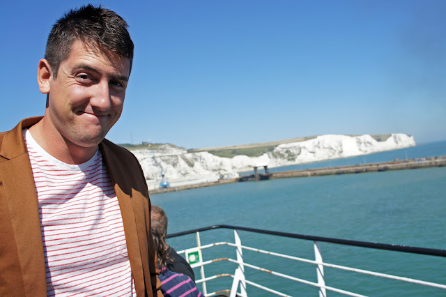 dover ferry cliffs
