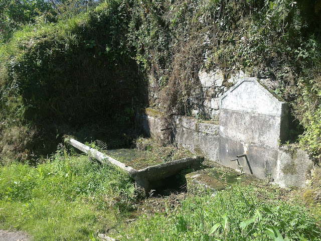 Fuente cerca de Vilaboa