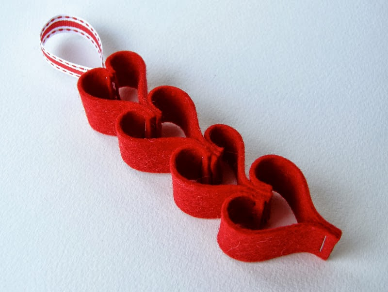how to cut heart paper chain