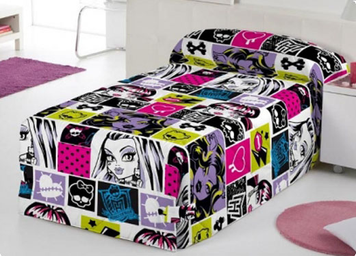 monster high sleeping like ghouls nataliezworld. Black Bedroom Furniture Sets. Home Design Ideas