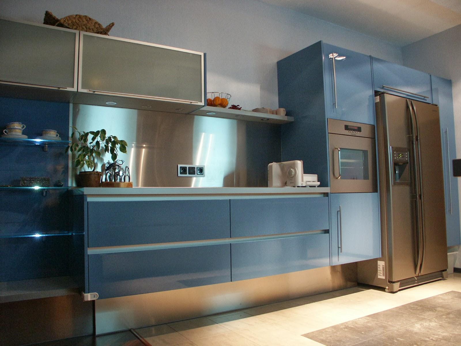 Home From Ours Kuchnia Niebieska Na Topie Lifestyle Dzieci Zycie