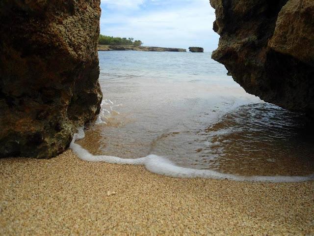 Playa Caleton Blanco Campismo+caleton+blanco_santiago+de+cuba_guama+(11)