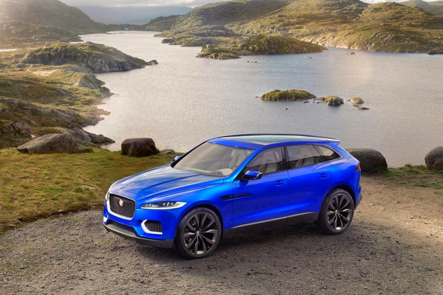 The First SUV Jaguar: Jaguar F-Pace