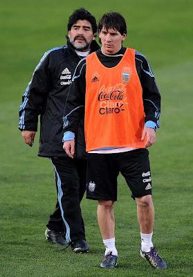 ¡Messi está a cuatro goles de Diego Maradona!