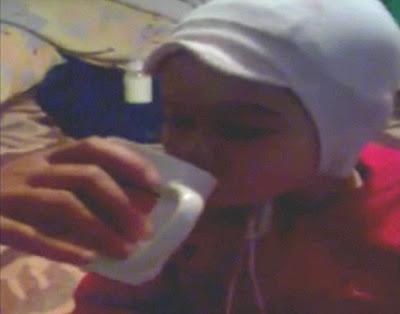 Gabriel Burulea - Balita 2 Tahun ini Diajari Merokok & Minum Kopi oleh Ibunya dari Ukraina
